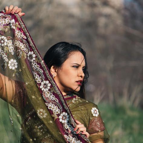 Shauni Ramai in Sari