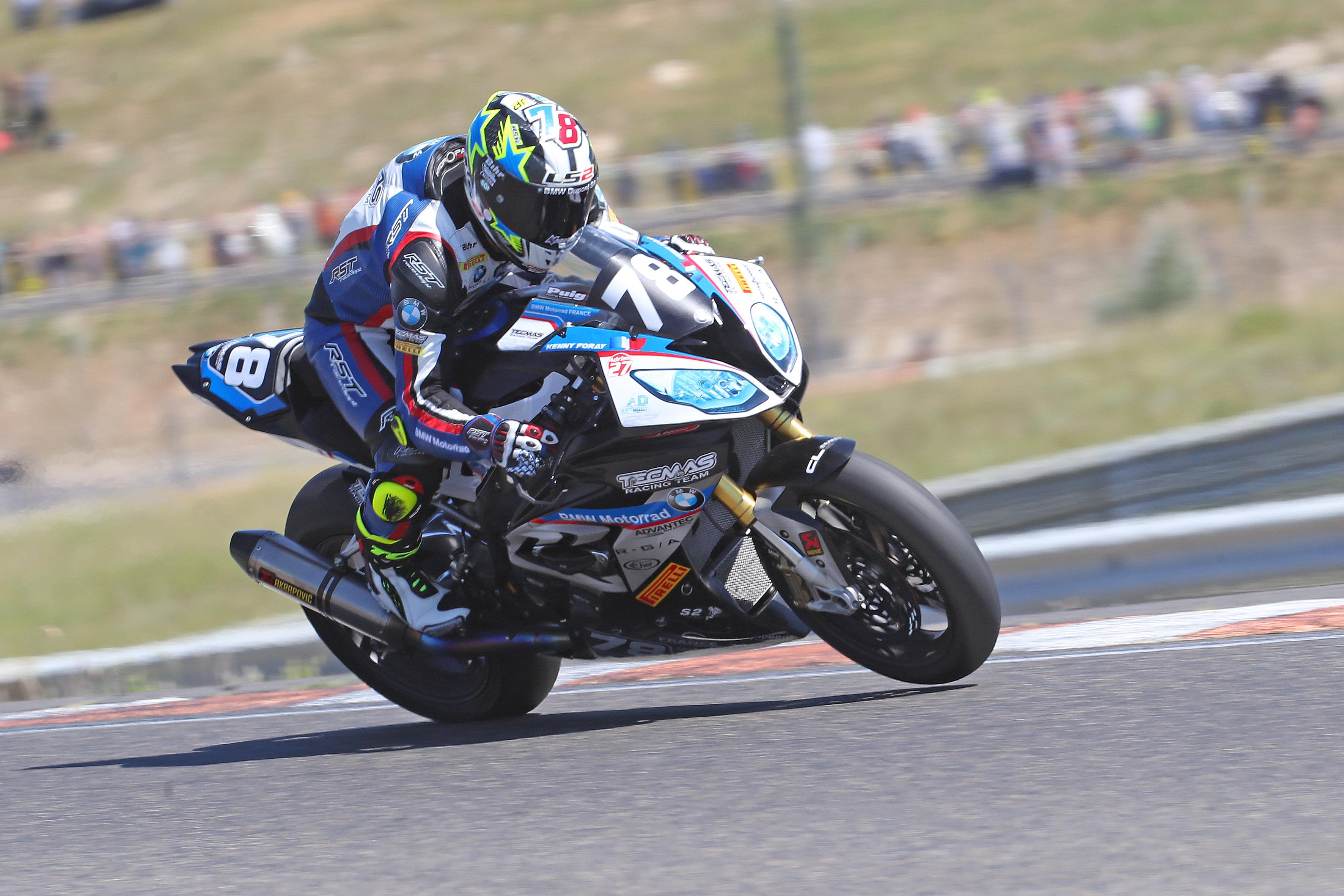 Kenny_Foray_(Tecmas_BMW)_double_vainqueur_à_Lédenon_(Photo_Gérard_Delio)