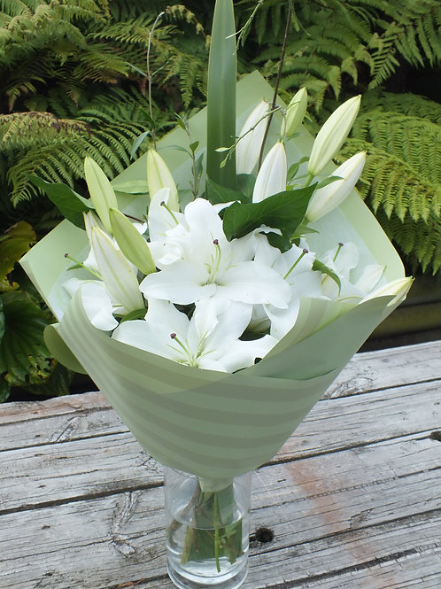 The White Lilly Bunch