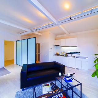 ×青葉台コンテナハウス内装