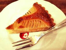 カフェビシュエの洋梨ケーキ
