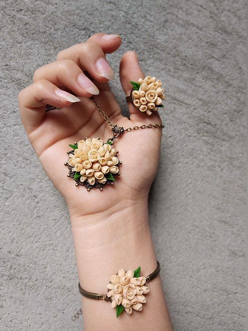 Sara Handmade