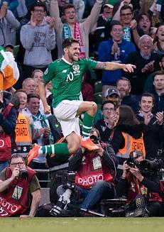 Robbie Brady celebrates.jpg