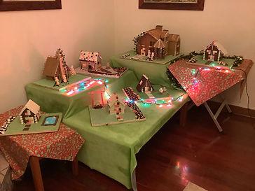 Gingerbread and chocolate diorama