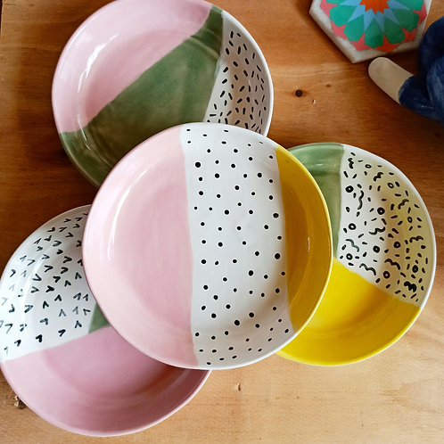 Serving Dishes set of 4 (pastel shades)