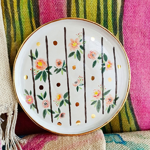 Floral striped plate