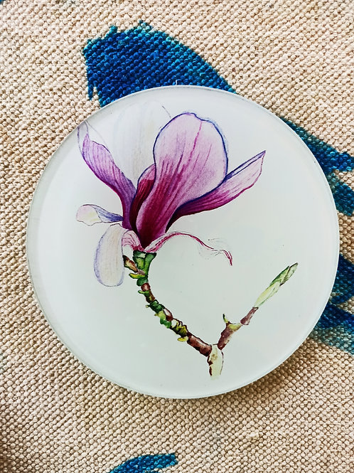 Magnolia glass trivet