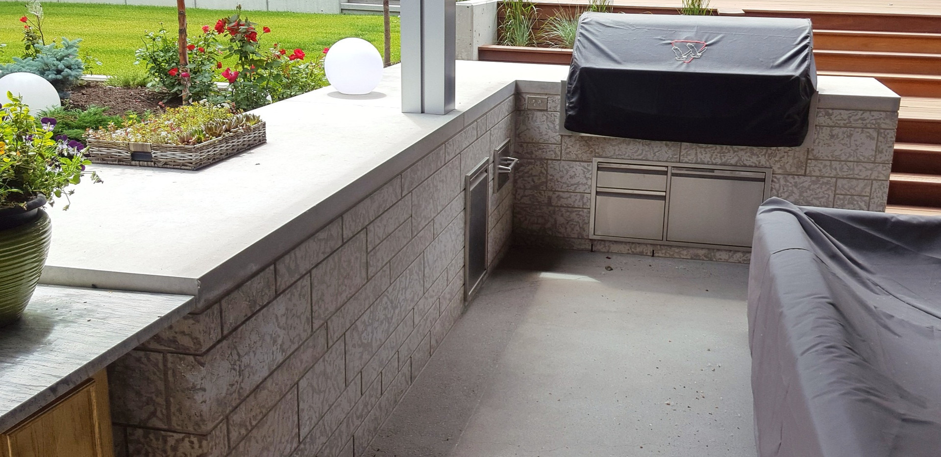 Tyndall Stone Outdoor Kitchen