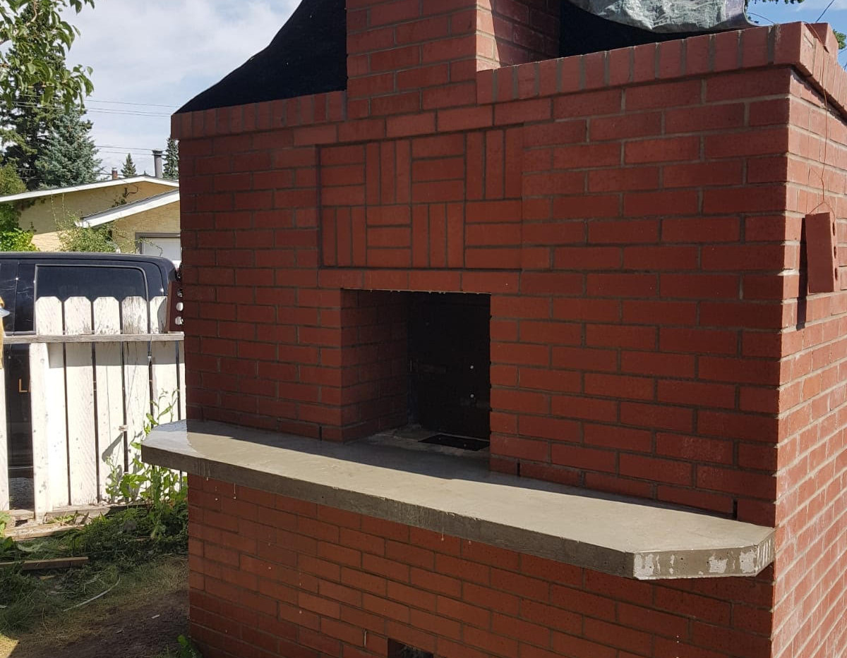 Red Brick Pizza Oven