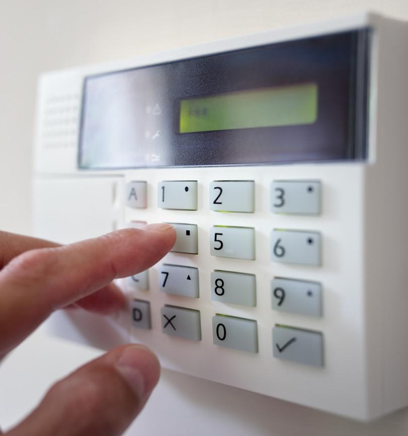 alarmes-controle-acesso