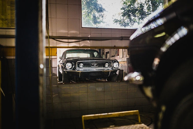 mustang-garage-mirror-black-car-large1.j