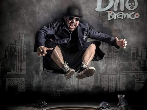 Baratos Afins lança CD de Dito Branco