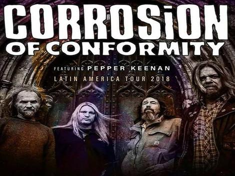 Sessão de autógrafos com a banda Corrosion of Conformity na Woodstock Discos