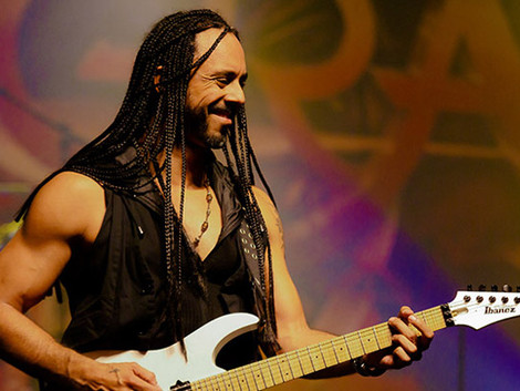 Marcelo Barbosa, guitarrista do Angra, lança primeiro álbum solo