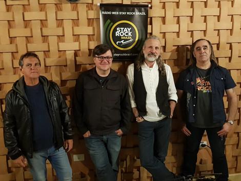 Músicos da banda Lee Recorda falam das singularidades do rock progressivo