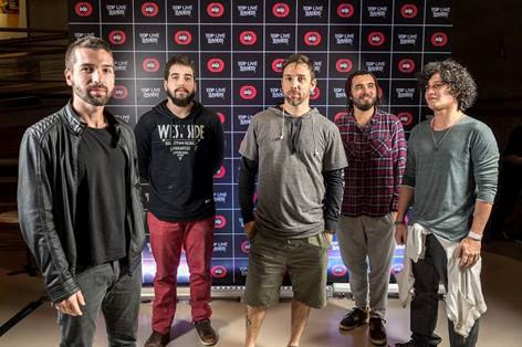 Membros da banda Soulvenir, vencedora da primeira edição do EDP Live Bands Brasil  Crédito: Cacalos Garrastazu