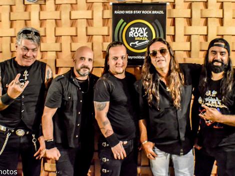 Salário Mínimo: banda escancara o rock nacional com histórias inspiradas em fatos reais