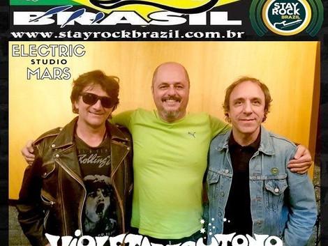 Programa Distrito Brasil entrevista a banda Violeta de Outono