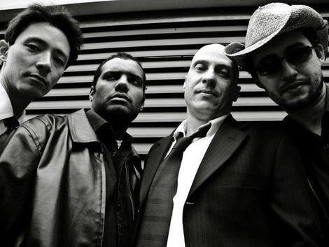 Álbum da banda Flat'n Sharp completa 10 anos