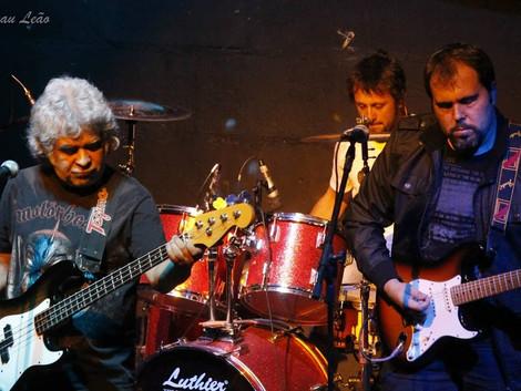 1º CD FÍSICO da banda TUBLUES , com data pra sair em breve !!
