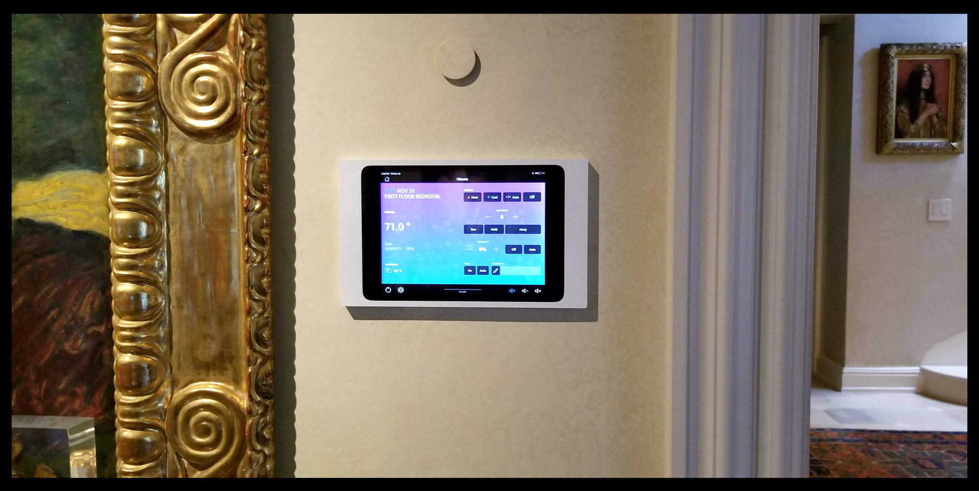 Crestron iPad.jpg