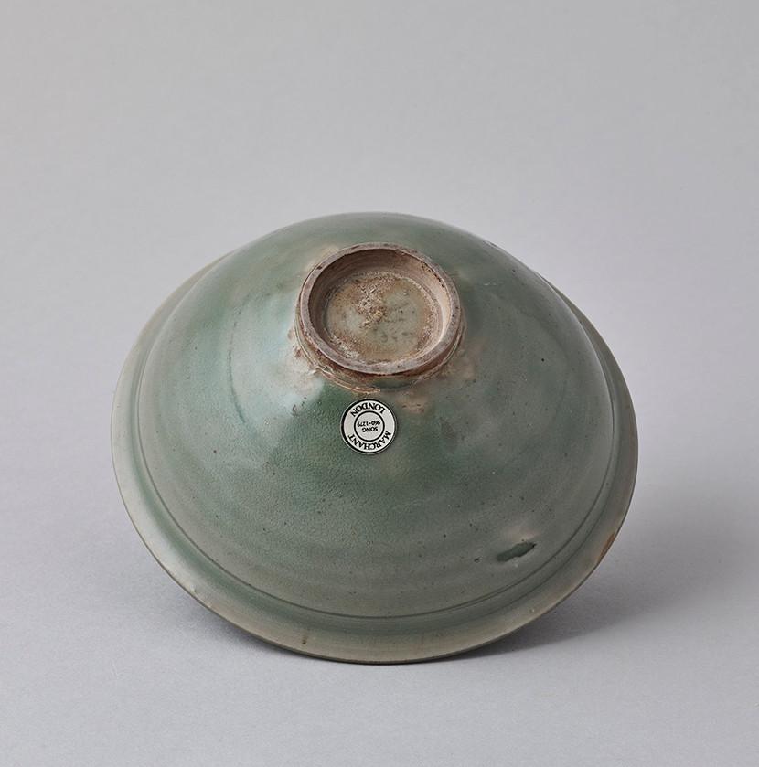 Carved Yaozhou Bowl Bottom