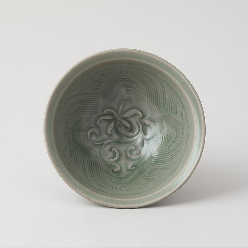 Carved Yaozhou Bowl Inside