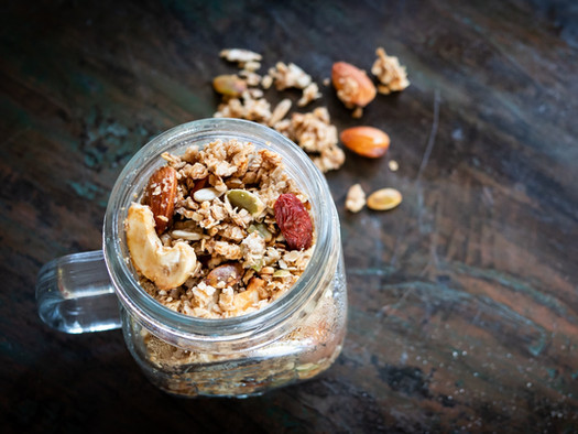 Rezept: Knuspriges Granola-Müsli selber machen