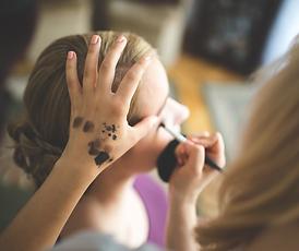 makeup artist 2 - Copy.png