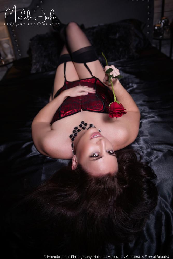 award winning boudoir photographer