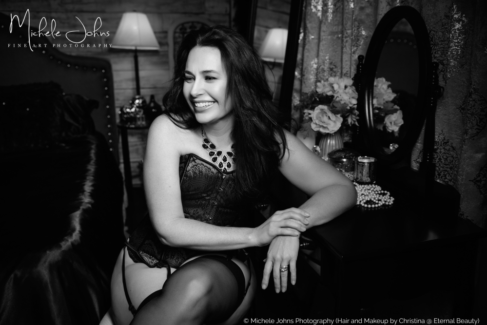 have fun during your boudoir session