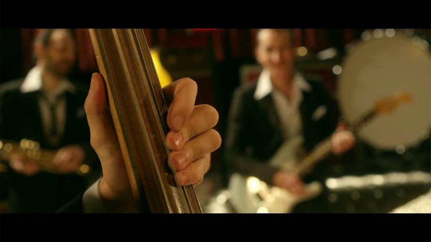 Thomas Dutronc feat. Imelda May - CLINT (SILENCE ON TOURNE)