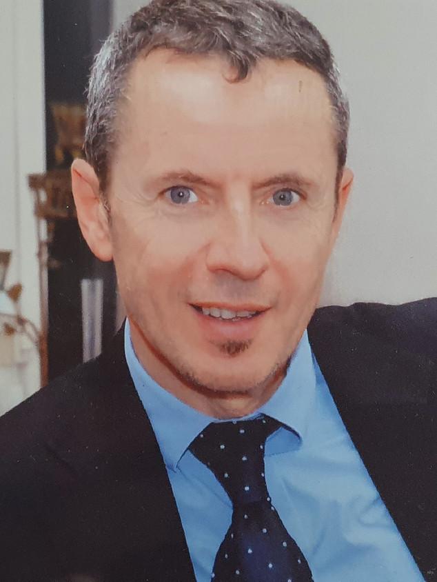Dr D. Cellier