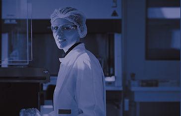 biomérieux Laboratoire R&D ©JP. MESGUEN.jpg