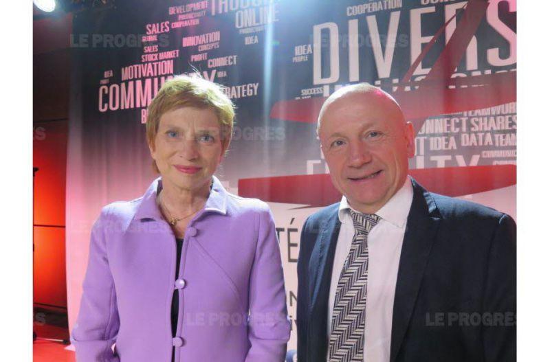 La Marraine Laurence Parisot (gauche) & le Directeur Délégué du Groupe Progrès Jean-Claude Lassalle (droite)