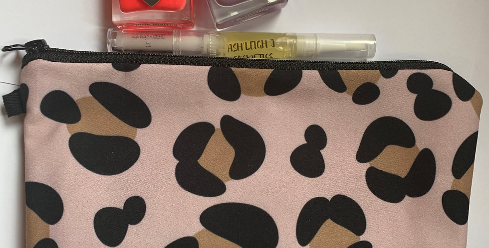 Leopard Print - Cosmetic Bag