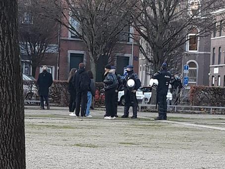 Intimidations policières contre la manifestation pour des mesures solidaires