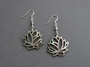 BROWN LOTUS EARRINGS