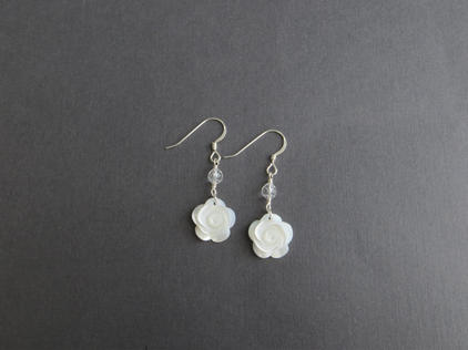 ROSE EARRINGS w. QUARTZ