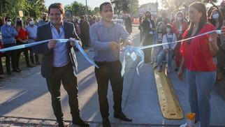 El Intendente Abella encabezó el acto de apertura de la nueva Costanera