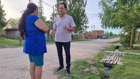 """""""Abella y su gente deberían llevar agua potable a Las Praderas en lugar de preocuparse por nosotros"""""""