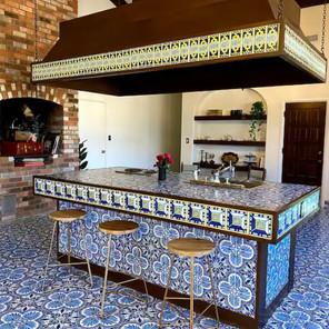 ES Kitchen island bar.jpg