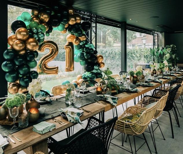 21 dinner Beau