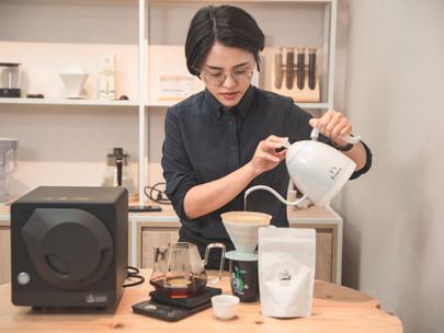 M.Y. Unboxing 想用一杯拿鐵把你灌醉-Sandbox Smart 智能烘豆機