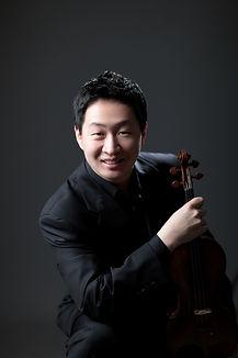 바이올린 김정수 프로필사진.jpg
