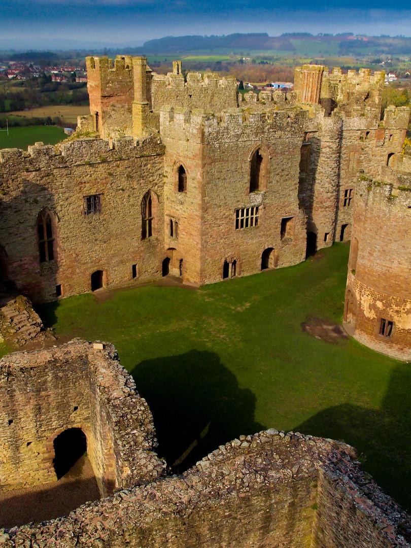 6.Ludlow Castle.jpg
