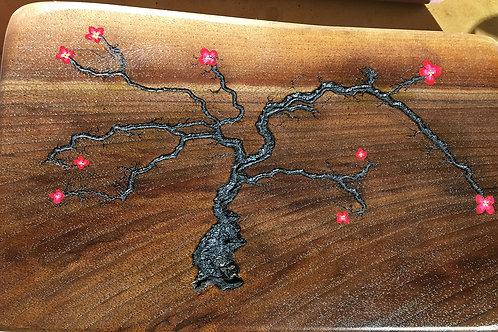 Lichtenberg Dogwood on Walnut