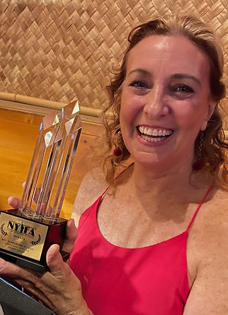 NVI with NYIFA Best Supporting Actress Award.jpeg