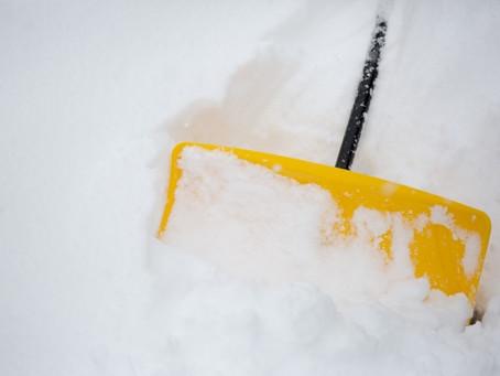 雪すかしで腰痛・ギックリ腰になっていませんか? そのメカニズムと予防ポイントをギュギュッと解説