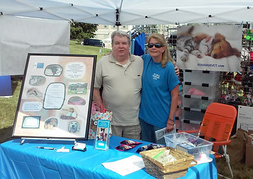 Dr Judy and Mac at the Fox Ridge booth for  Pets a palooza